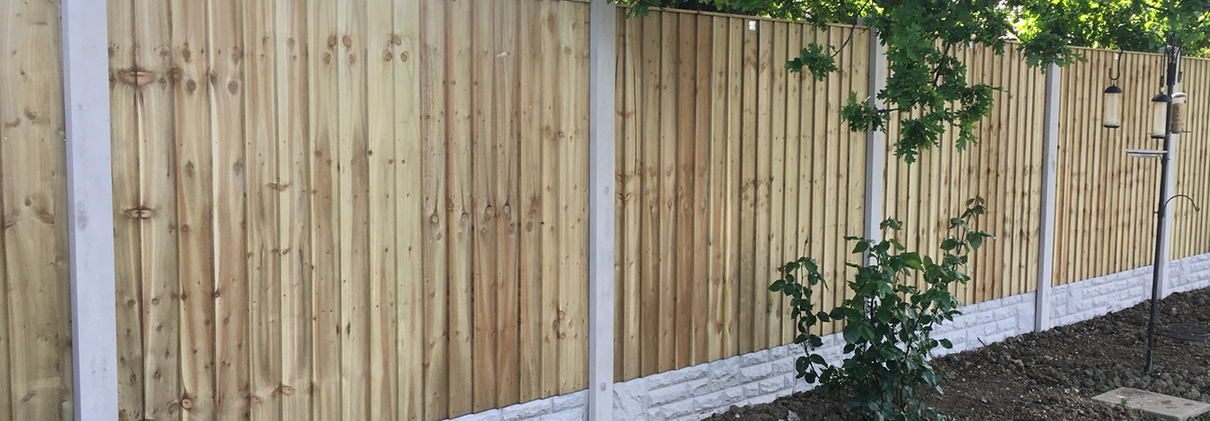 Stunning Wooden Fences, Supplied and Fitted in Your Area